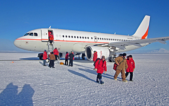 A chartered Australian Airbus A319 lands near McMurdo Station on 23 September 2010.