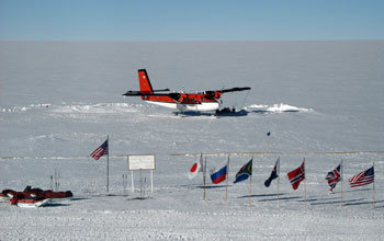 Twin Otter at South Pole