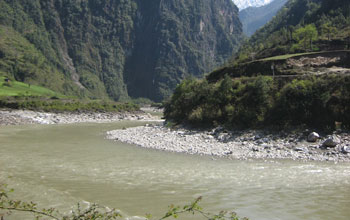 Photo of the Nu River flowing near the Yunnan-Tibet border.