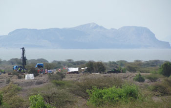 Lake Turkana and vehicles on it banks in Kenya