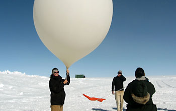 Balloon launch in Greenland