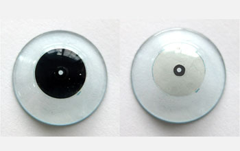 Photo of polarized contact lens developed by Innovega.