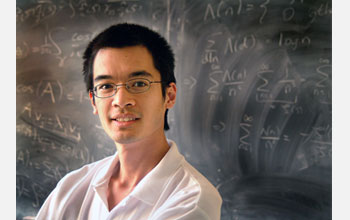 Photo of Terence Tao in the classroom